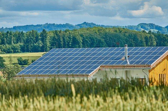 ENERGIA, FOTOVOLTAICO, ITALIA QUASI AL 10%